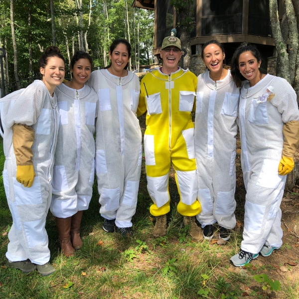 bachelorette-and-beekeeper